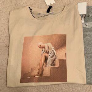 New Ariana Grande Sweetener T-shirt Medium